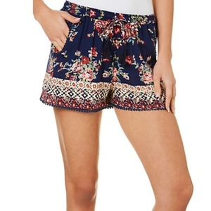 Angie floral summer shorts